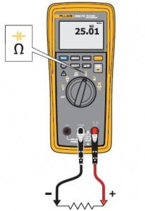 3000FC Fluke wireless multimeter measuring Resistance set-up